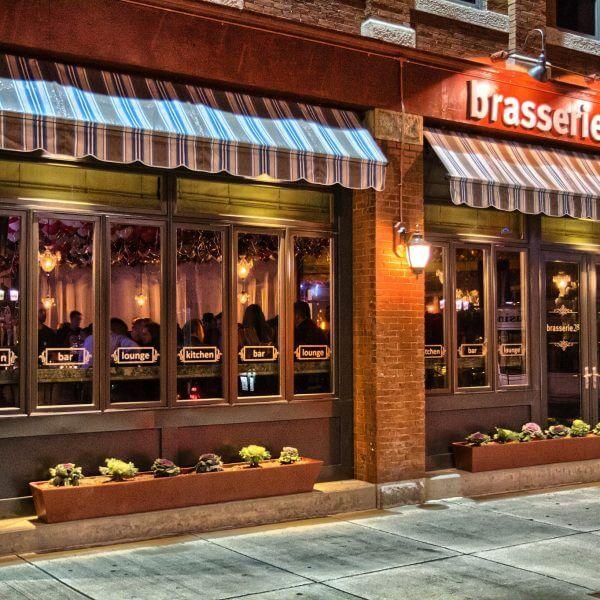 Brasserie28 vinyl window lettering